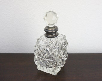 Vintage Antique Crystal Scent Bottle with Sterling Silver Band, Clear and Silver, Early 1900s, Boudoir Vanity Decor, Perfume Bottle 420020