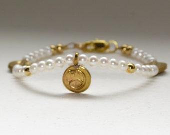 PEACE Charm and Pearl bracelet - Birthday, Anniversary, Graduation, wedding jewelry, bridesmaids - fast ship