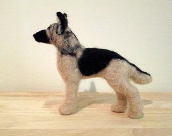Felted German Shepherd - Needle Felted Dog - Felted Animal - Pet Portrait