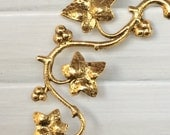 Ivy Brooch - Ivy Leaf Pin - Shiny Antique Gold - Beautiful detail
