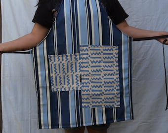 Blue stripe full apron, woman's full, heavy fabric, two large pockets, fits medium to plus size