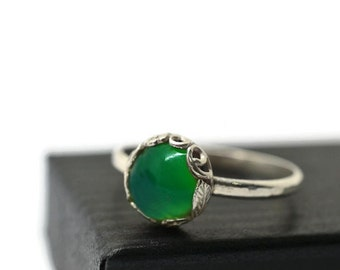 Green Chrysoprase Ring, Green Engagement Ring,  Flower and Leaf Jewelry, Nature Lovers Ring