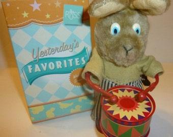 Vintage Rat-A-Tat Rabbit Russ Wind Up Drummer Toy, 1970s