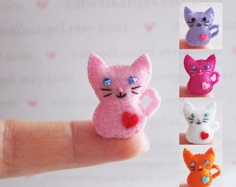 Felt Miniature - Felted Miniature kitty - Felted kitty - Pink kitty felted miniature - kitty miniature - tiny kitty - felted dark kitty