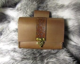 Customizable Swirl Stripe Medieval Belt Bag, Belt Pouch Medium, Leather Bag, LARP, SCA, Costume, Ren Faire