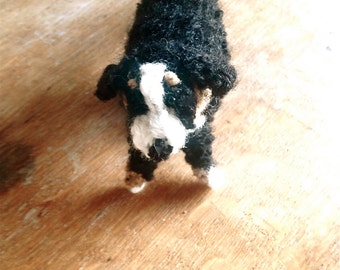 Knitted Bernese Mountain dog