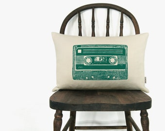 Vintage cassette decorative cushion cover - CUSTOM mix tape throw pillow case in 12x18 or 16x16 - Your choice of ink color, fabric and size
