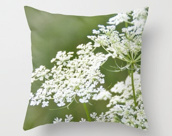 Queen Anne's Lace Pillow Cover, Garden Pillowcase, Botanical Home Decor, Lime Green, Macro Floral