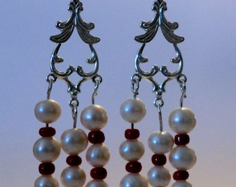 Istanbul Pearl Earrings - Burgundy
