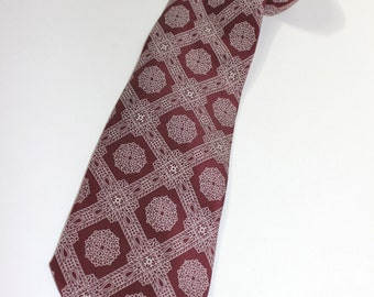 "vintage 1960's -Mutual Neckwear Co.- Men's neck tie. Foulard Silk - Rococo medallion pattern. Burgandy. Perfect 3 1/4"" width."