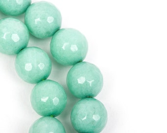 10mm Round Faceted MINT GREEN JADE Gemstone Beads, full strand gjd0063