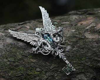 Quetzalcóatl - Aged silver plated brass filigree pendant - Fantasy mythology inspired jewelry - Vintage victorian steampunk gothic style