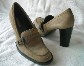 Women's Vintage Suede Heels, Enzo Angiolini, Taupe Suede, Vintage Pumps, High Heels, Size 9, Stack heels
