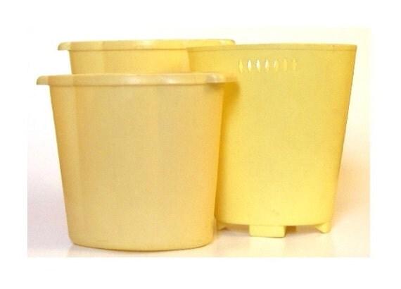 Waste Basket Pale Yellow Bathroom Decor Plastic By Lauraslastditch