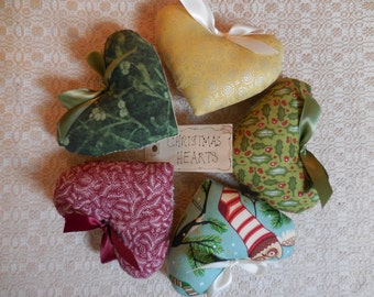 Primitive Christmas Fabric Hearts Ornie Bowl Fillers Red Green Owl Hearts