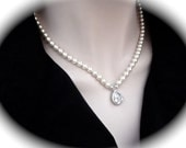 Pearl necklace ~ Brides necklace ~ Cubic zirconia pendant ~ Wedding necklace ~ Elegant and classy ~ High quality ~ Mother of the bride ~Gift