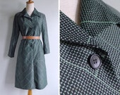 50% OFF - Vintage 70's Green & Black Tile Geometric Print Dress M or L