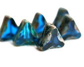 Picasso beads, Aqua blue glass beads, Capri blue, Triangle, chunky beads, czech glass, table cut - 13mm - 6Pc - 0463