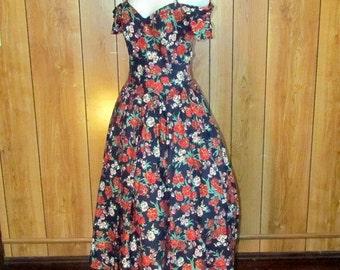 On Sale-Beautiful FLORAL Full Skirted Garden TEA Dress
