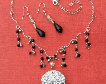 OOAK Silver & Black Glitter Resin Skull Pendant with Silver Tone Necklace Handmade Gothic Emo Steampunk