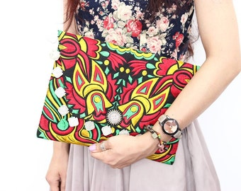 Colorful Fold Over Coins Clutch Embroidered Fabric Thailand (BG306WC-62C180)