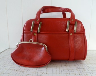 60's Mod Cherry Red Accordion Handbag Soft Textured Vinyl with Matching Coin Purse