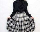 Vintage Plaid Pleated Black and Cream Midi Skirt