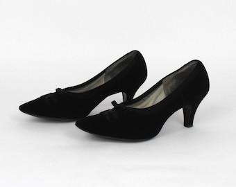 1950's Black Suede Pumps // Day Dress Heels // 50's Suede Pumps // Size 8 1/2 B