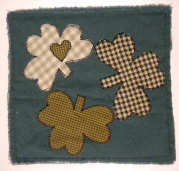 Shamrock Placemat, Applique Shamrock Candle Mat, Primitive St. Patrick's Day Decor