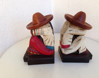 Vintage Mexican wood bookends man woman in Sombreros hat 7""