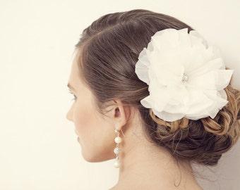 Wedding Hair Flower - Ivory White Bridal Hair Clip - Handmade Bridal Hair Accessories, Wedding hair accessories, Silk hair flower