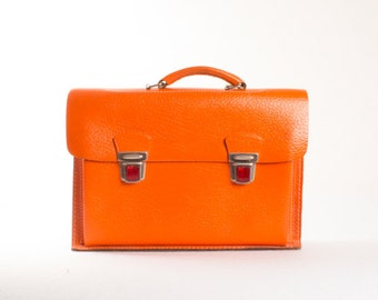 Vintage Orange Leather Briefcase / Strong Orange School Bag / School Backpack / 1970s 70s School Rucksack / Retro Handbag
