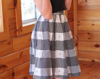 SALE Vintage 50s Circle Skirt