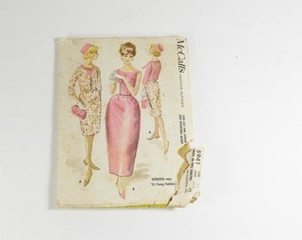 McCalls 5941 - Vintage 1961  Teen Size and Junior Dress in  Two Lengths and Reversible Jacket Pattern Size 11