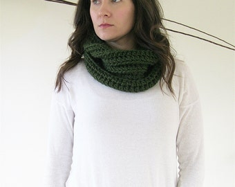 Hunter Knit Cowl | Chunky Winter Cowl | Olive Crochet Scarf | Textured Winter Neck Warmer