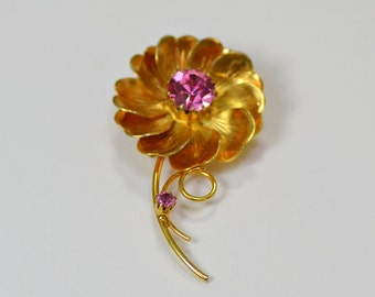 Brushed Gold Flower Brooch With Pink Rhinestone Center