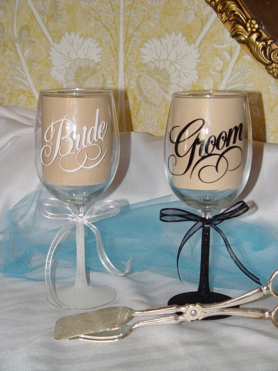 Personalized Wedding Wine Glasses, Monogrammed Wedding Glasses, Wine ...
