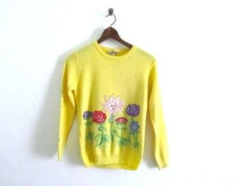 April Showers Bring May Flowers Sweater Sz S