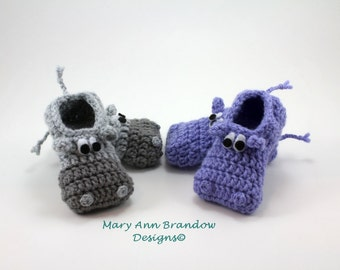 Hippo Baby Booties, newborn booties, hippo baby reveal, fun baby gifts, pregnancy reveal, baby shoes, baby shower gifts, hippo themed baby