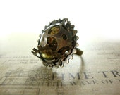 Steampunk Ring - Victorian Steampunk Jewelry Antiqued Brass Bronze Steampunk Gear Jewelry - Antique Style Brown Glass Cabochon Ring