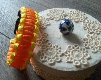 Neon yellow and orange paracord bracelet