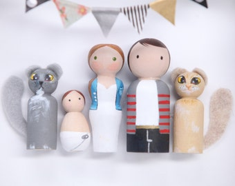Personalized Custom Peg Doll Family Portrait of Five/ Personlized Custom Family Portrait / Wall Decor / Hand Painted / Art