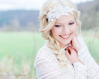 Vintage Headpiece Lace Hairband beaded with Pearls and Swarovski Rhinestones / Lace Headband in Ivory