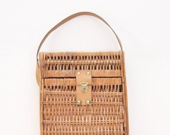 Vintage French wicker bag – picnic bag - wicker tote