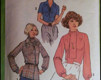 Simplicity 8252  Misses' Blouse And Ascot  Bust 36""