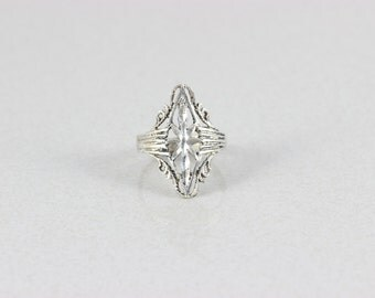 Sterling Silver Victorian Filigree Ring size 7 1/2