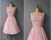 1950's Pink Carlye Dress//Pleated Dress//50's Cotton Dress