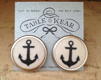 Tablewear -Anchor round earrings, beach earrings , nautical look, black and white earrings