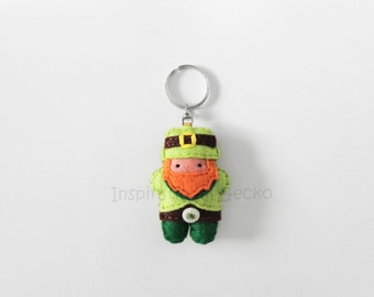 Leprechaun felt keychain, St Patrick's Day felt keyring, good luck charm, cute Leprechaun figurine, St Patrick's Day ornament