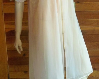 Vintage Lingerie 1950s VANITY FAIR Pink Double Chiffon Peignoir or Robe Size 32